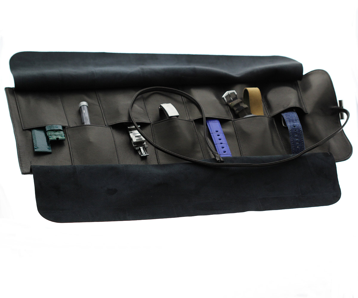 Week Organizer / 7 watches holder / roll in Black Nappa Leather