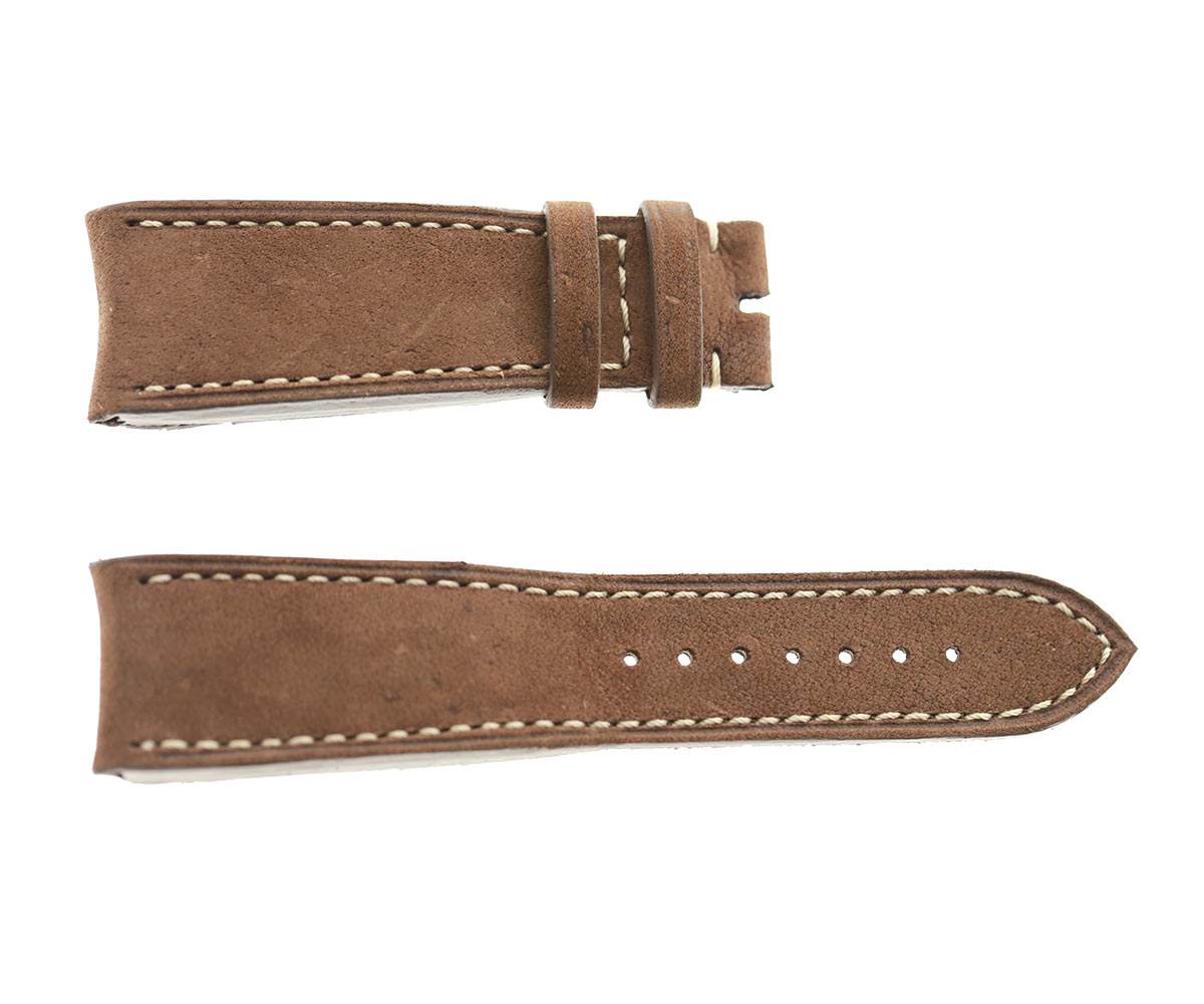 Custom strap 24mm for in Cigar Brown Kudu Antelope leather. Thickness ~5mm. Curved lugs
