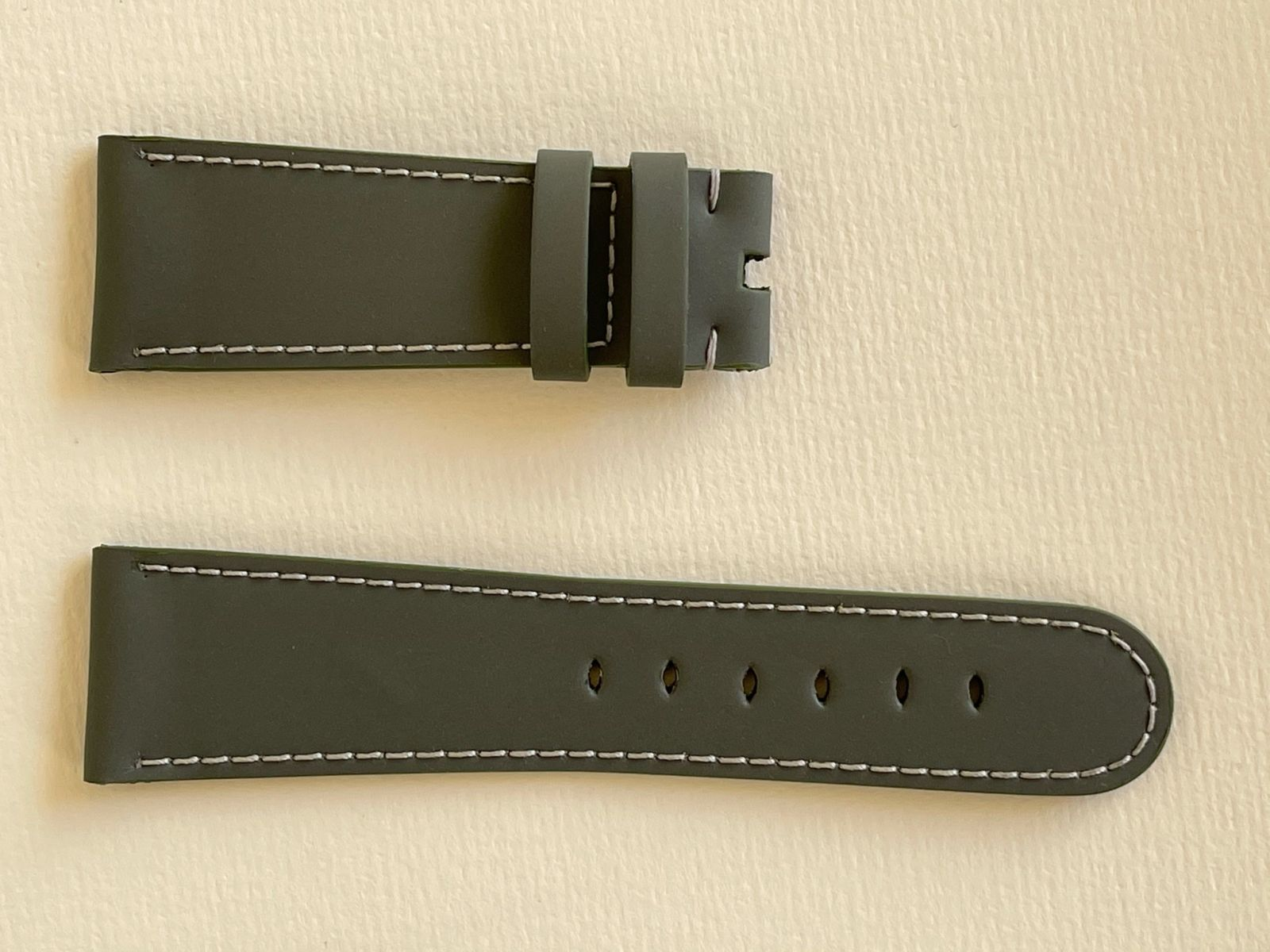 Milano Grey Recycled Rubber Strap 16mm, 18mm, 19mm, 20mm, 21mm, 22mm General style